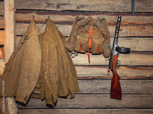 Poster Jacket, backpack, machine gun - retro items WWII