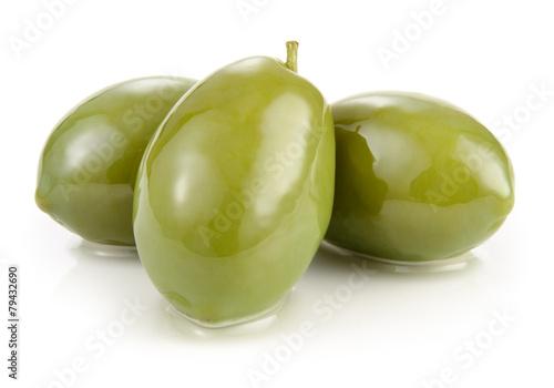 Fototapeta Green olives isolated on white