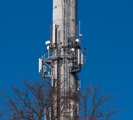 komin z przekaźnikami GSM