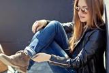Beautiful fashionable young woman - 79452254