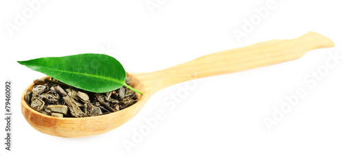 Foto op Aluminium Kruiden 2 Wooden spoon with green tea with leaf isolated on white