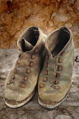 vecchi scarponi vintage
