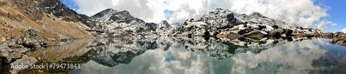 Foto op Aluminium Gletsjers Gosainkunda Mirror Lake, Himalayas, Nepal