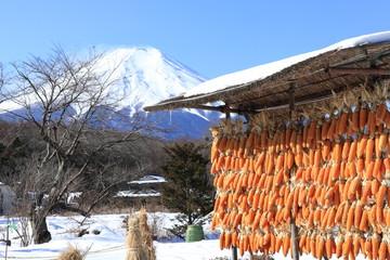 忍野村の冬景色