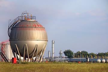 refinery oil tank industry zone