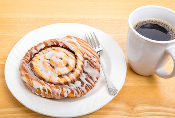 Cinnamon Roll with Coffee