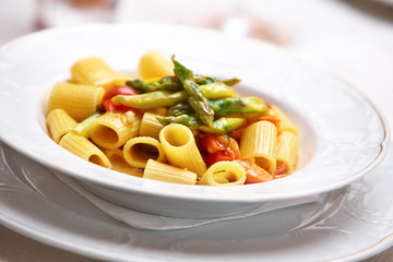 Pasta with vegetables and asparagus