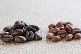 二種類のコーヒー豆