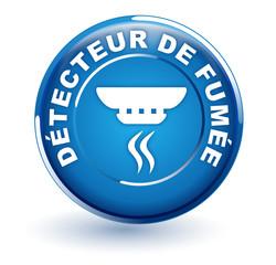 détecteur de fumée sur bouton bleu