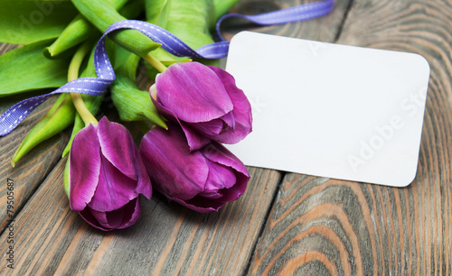 Foto op Aluminium Tulp tulips with a card