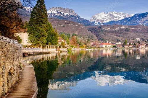 Papiers peints Alpes Baie de Talloires