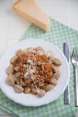 Gnocchi mit Bolognese