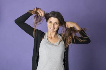 giocare con i capelli