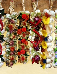 ornamental garlands with garlic and pepper