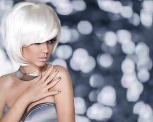 White Bob Hairstyle. Fashion Blond Girl. Glamour Woman portrait
