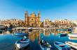 Leinwanddruck Bild - Église et bateaux de pêche à Sliema, Malte