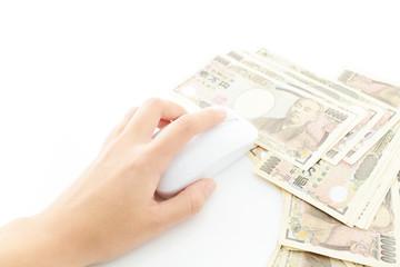お金とマウス