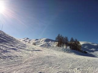 la montagne sous le soleil
