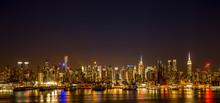 Нью-Йорк Нью-Йорк есть здания горизонта ночью