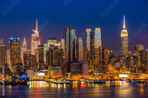 In de dag New York New York City Manhattan midtown buildings skyline night