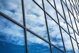 Abstrakcyjna nowoczesna architektura - 79617699
