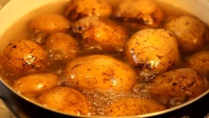 Boil Potatoes in Pan