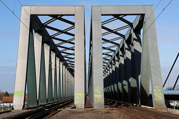 Eisenbahnbrücke bei Maxau