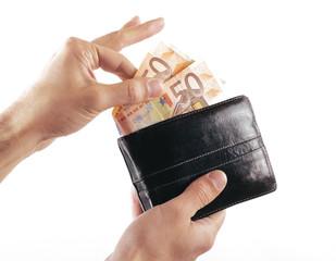 Portafogli con soldi