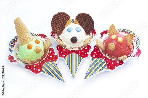 Kinder Eisbecher Maus, Pinnochio, Schweinchen - 79659688