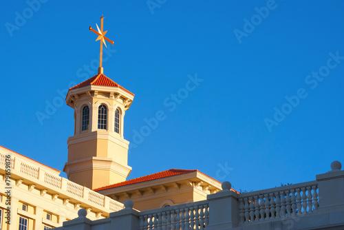 Leinwanddruck Bild Sunset on Scientology Architecture