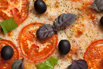 Traditional italian pizza margherita with tomatoes, pepper