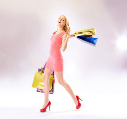 Glad woman doing the shopping
