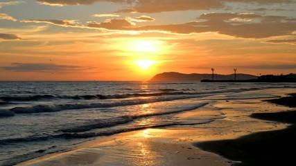 alba sul mare a Riccione 1