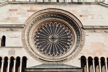 Cremona, Duomo; il rosone della facciata