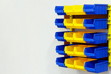 Color wall rack