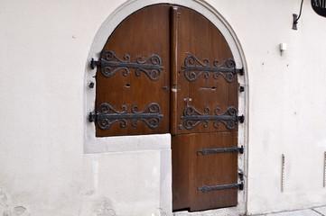 Kuriose Tür