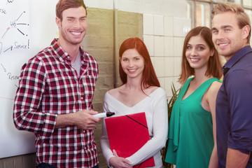 motivierte studenten in einem seminar
