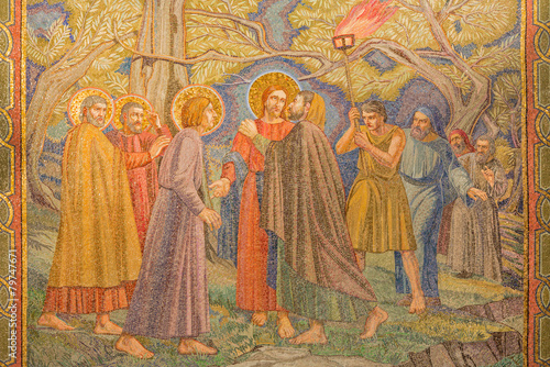 canvas print picture Jerusalem - mosaic of the betrayal of Jesus in Gethsemane