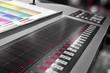 offset machine press print run at table