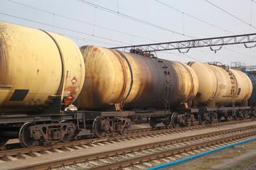 Oil tanker cars