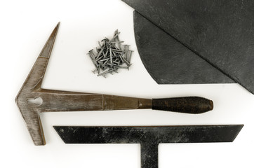 Hammer Haubrücke Nägel Schiefer