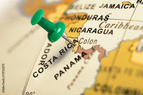 Fotobehang Centraal-Amerika Landen Location Costa Rica. Green pin on the map.