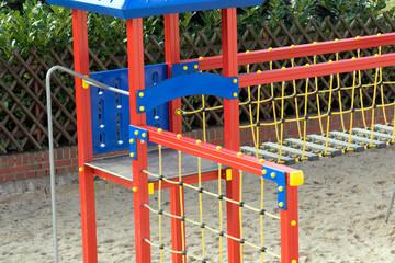 Klettergerüst auf einem Spielplatz