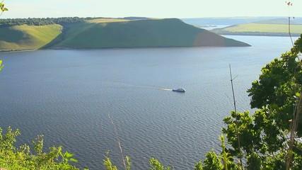 pleasure boat, lake