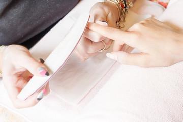 nails filing
