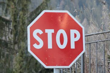 stop cartello stradale
