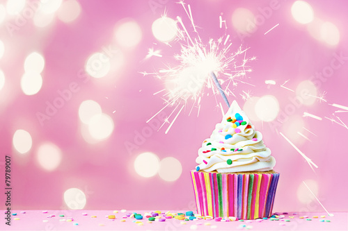 Pink cupcake with sparkler - 79789007