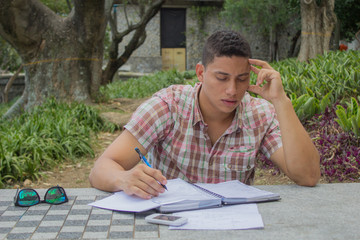 estudiante pensando