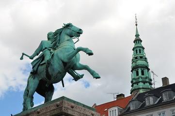Escultura bronce en Copenhague, Dinamarca