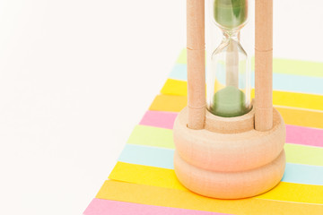 Sandglass on colourful labels - large amount - green